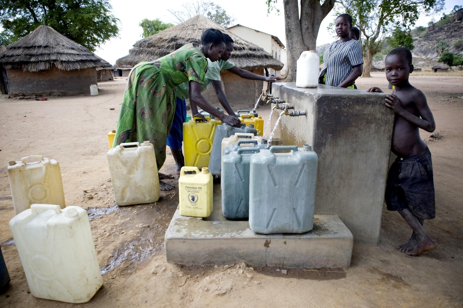 accesso acqua potabile nel mondo