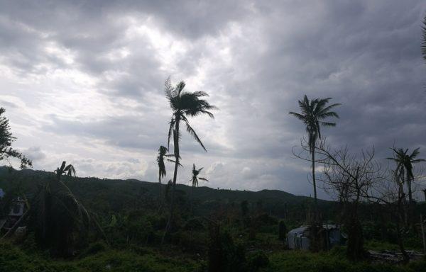 L'uragano Matthew ha colpito Haiti nella notte tra il 3 e il 4 ottobre 2016 causando 900 morti e 300mila sfollati.