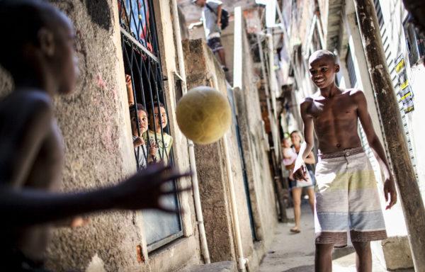 Manguinhos, Rio de Janeiro - Foto di Roger Lo Guarro