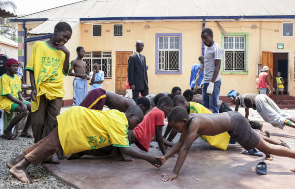 Allenamento alla Casa del Sorriso in Zimbabwe - Foto di Roger Lo Guarro