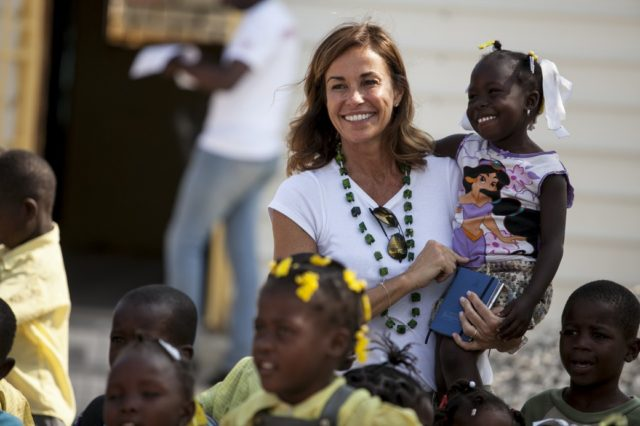 Cristina Parodi in Haiti with Cesvi (Ph. Roger Lo Guarro).