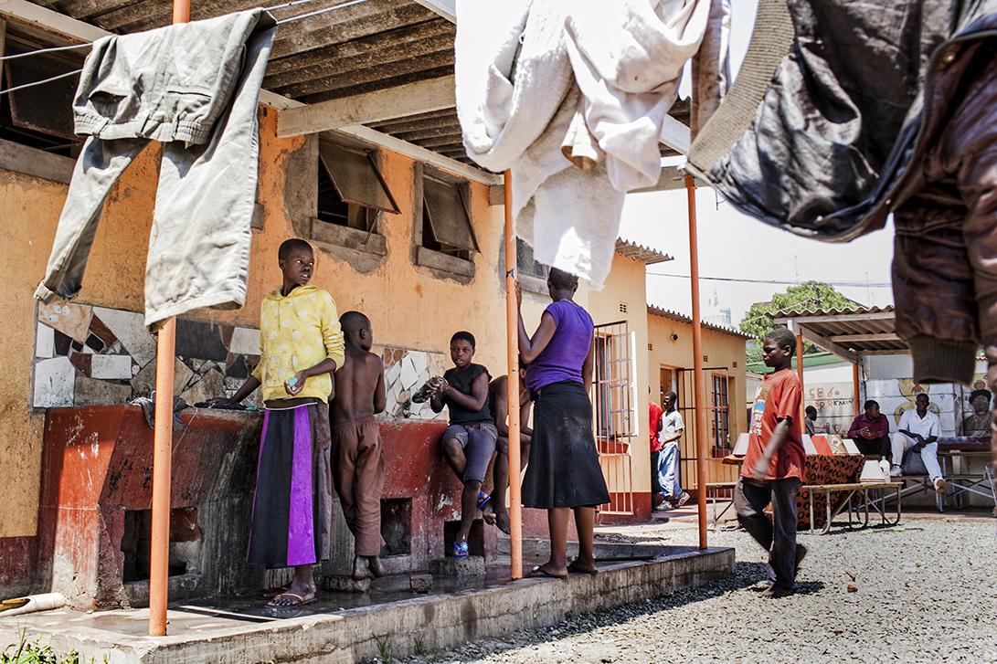 La Casa del Sorriso di Cesvi ad Harare, Zimbabwe. Foto di Roger Lo Guarro.