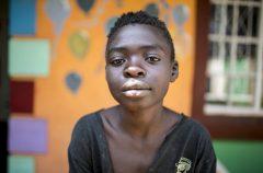 Foto di Vincent nella Casa del Sorriso di Harare, Zimbabwe. Fotografia di Roger Lo Guarro.
