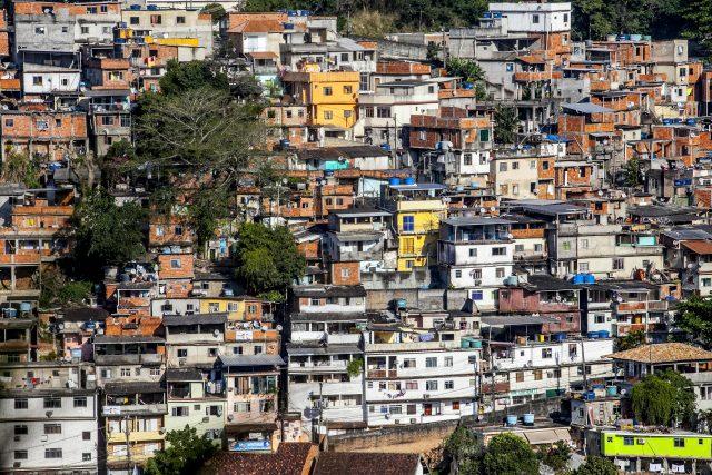 Favelas di Rio de Janeiro - Foto di Roger Lo Guarro